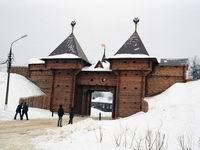 Здания и сооружения: Дмитровский кремль - ворота
