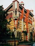 Здания и сооружения: Антонио Гауди. Дом Винсенс. Барселона