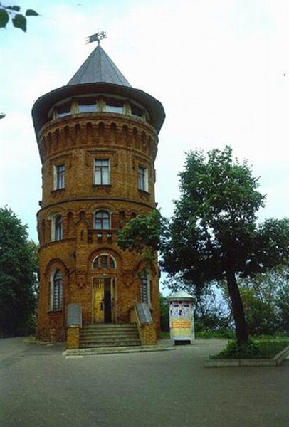 Здания и сооружения: К 140-летию владимирского водопровода