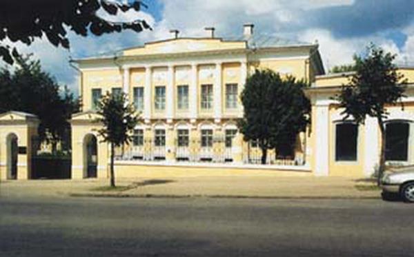 Здания и сооружения: День музеев в Калужском художественном музее