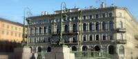 Здание, где расположен Музейно-выставочный центр Петербургский художник