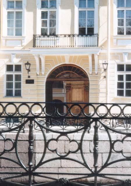Здания и сооружения: Леонид Кюльшаров Белые ночи