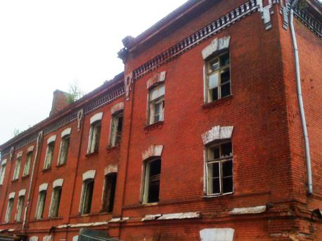 Здания и сооружения: Исторические казармы в Сокольниках до сноса