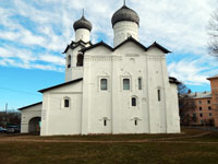 Спасо-Преображенский собор (XII в), где расположен Старорусский краеведческий музей