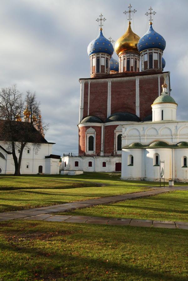 Здания и сооружения: Вид кремля
