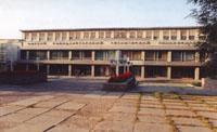 Здание главного корпуса ОмГТУ, в котором располагается музей
