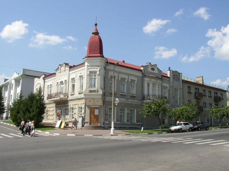 Здания и сооружения: Старооскольский краеведческий музей