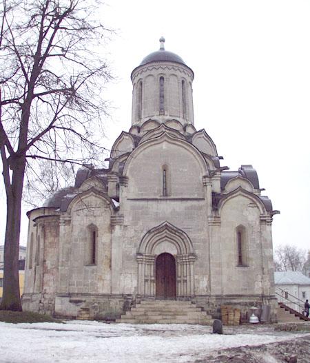 Здания и сооружения: Спасский собор Андроникова монастыря. Вид с севера. Фото А.Лебедева