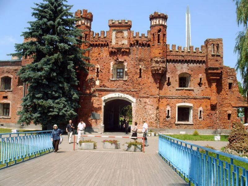 Здания и сооружения: Брестский областной краеведческий музей