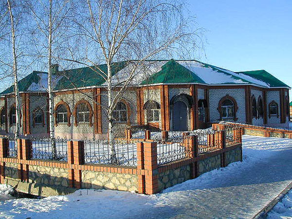 Здания и сооружения: Апастовский краеведческий музей