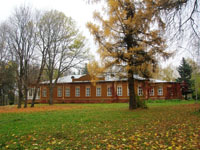 Вид усадьбы П.П. Семёнова-Тян-Шанского из парка