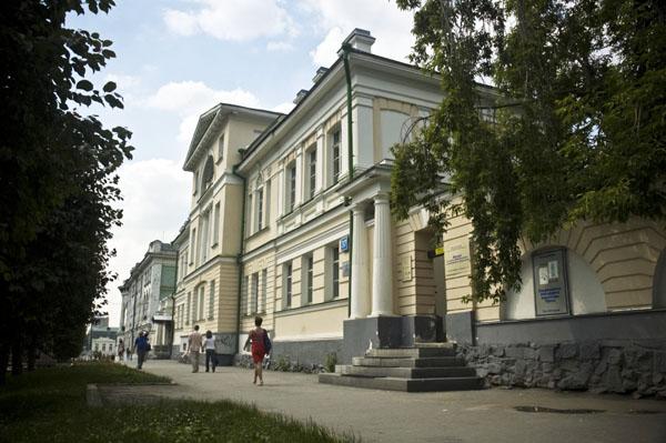 Здания и сооружения: Музей истории камнерезного  и ювелирного искусства