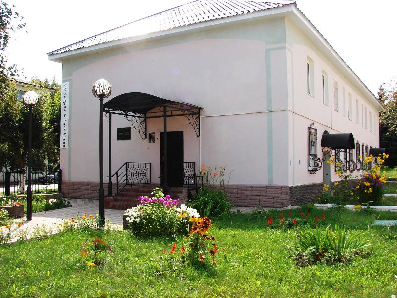Здания и сооружения: Лениногорский краеведческий музей